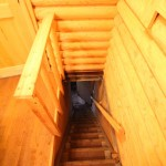 露天風呂へと続く階段