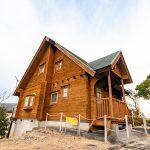 三重県南伊勢町 丘の上に建つ見晴らしのいいログハウス