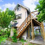 滋賀県高島市新旭町 クローゼットに隠し階段がある子供が喜びそうな中古別荘