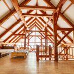 兵庫県多可郡多可町 異国情緒あふれる開放的なティンバーフレームの中古別荘