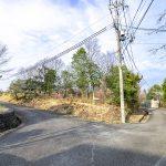 兵庫県加東市畑 東条湖近くの静かな別荘地の広々角地310坪