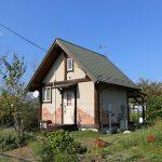 滋賀県高島市新旭町 琵琶湖沿いにあるポストアンドビームログハウス