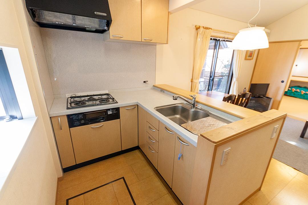L型のキッチンです