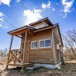 滋賀県高島市今津町 清掃済みですぐ入居可能なログハウス風の木の家